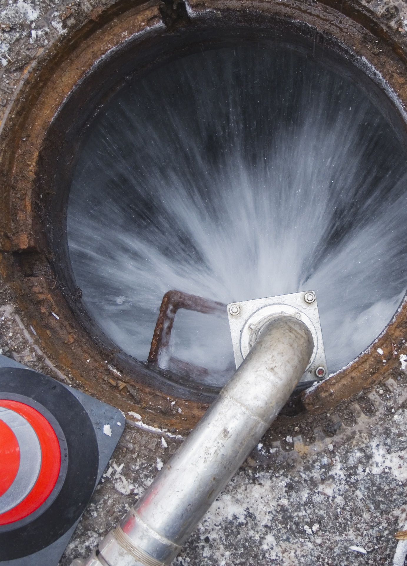 Abfluss verstopft, Kanalreinigung, Kanalsanierung, Rohrreinigung